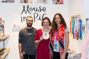 Mouse Loves Pig receiving the Pirouette One To Watch Lifestyle Award at Playtime New York, winter 2019